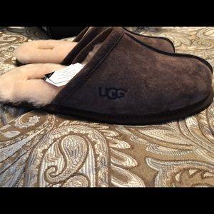Brand New Men's Ugg Slippers Size 10